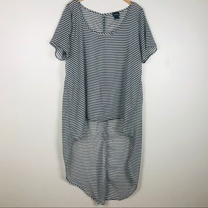 TORRID Lightweight comfy and lose summer top size2